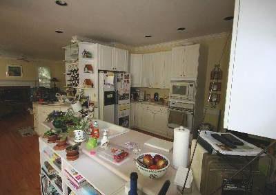 Cramped kitchen layout